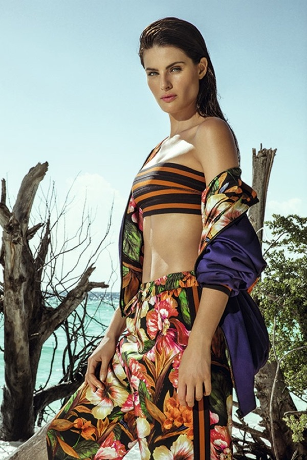 2cf7cde9cdc CAMPAIGN  Isabeli Fontana for Agua de Coco Resort 2017 by Eduardo Rezende -  Image Amplified